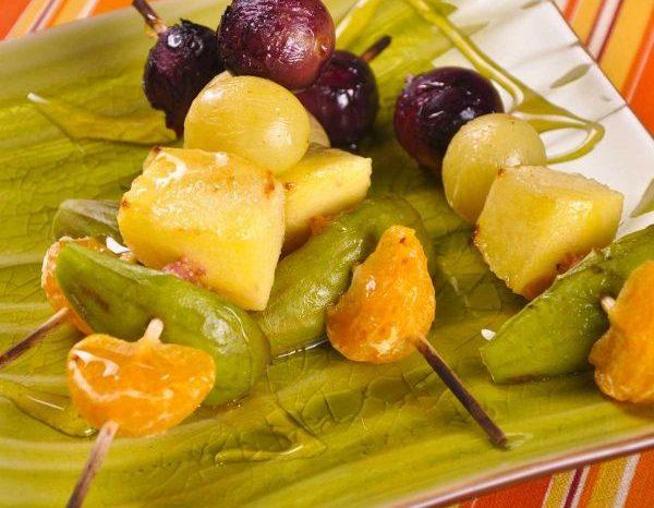 Brochette de fruits caramélisés