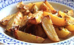 Pommes de terre aillées